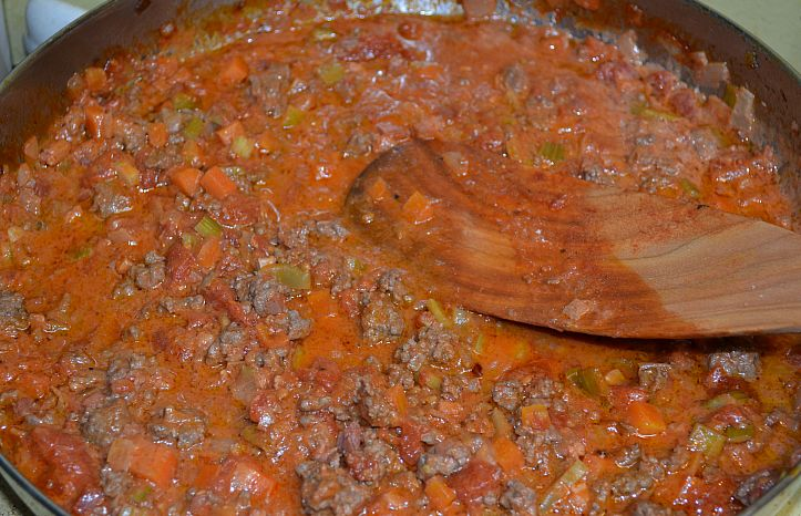 Bolognese Sauce | From the Bookshelf